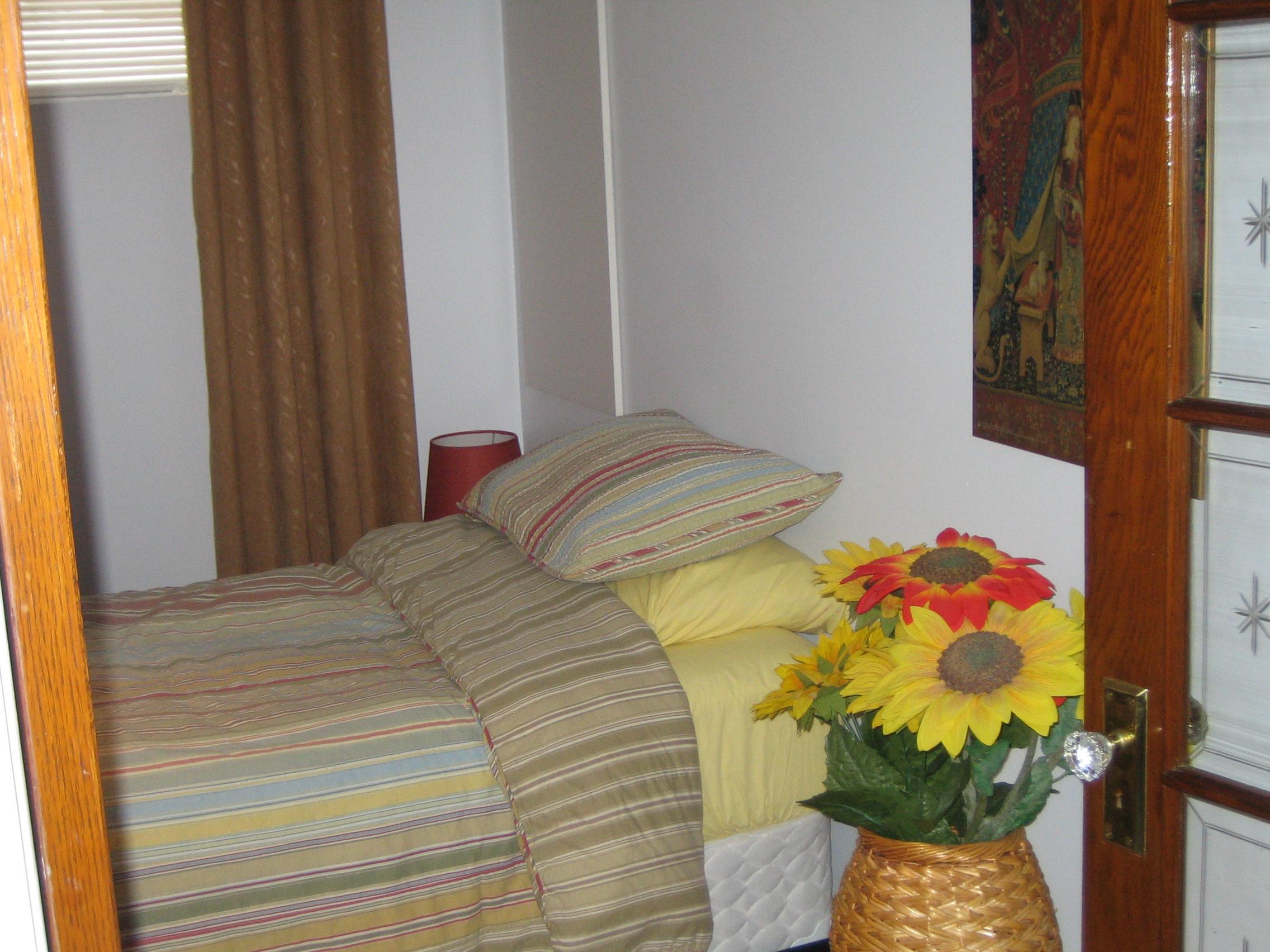 chambre au sous sol carolboivin. Black Bedroom Furniture Sets. Home Design Ideas